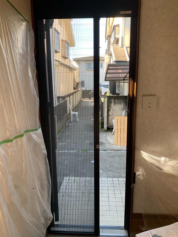 網戸ドアがリニューアルしました!