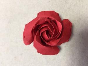 薔薇の折り紙のプレゼント